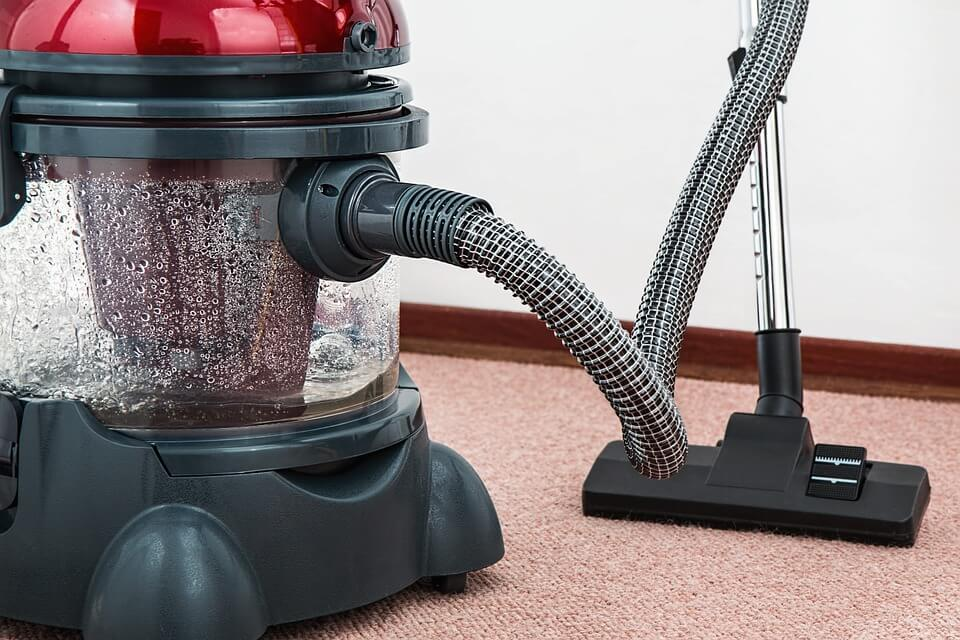 meilleur aspirateur pour tapis